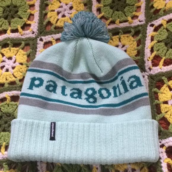 81109f8cd4d Patagonia Winter Pom Pom Hat. M 5a81a8028df47092ac91e040